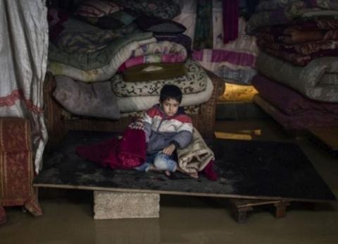 """""""مفوضية اللاجئين"""": وفاة طفلة وتضرر 11 ألف لاجئ سوري بلبنان بسبب عاصفة"""