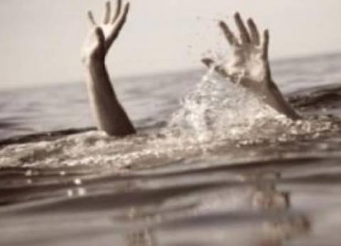 عمره 5 سنوات.. مصرع طفل بعد سقوطه بمصرف مياه في الفيوم