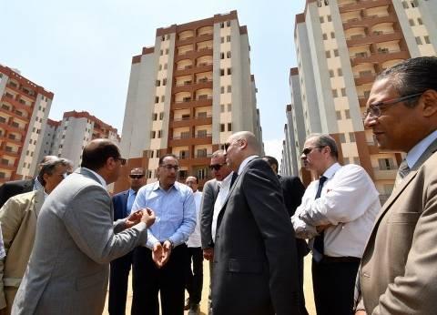 وزير الإسكان من مشروع الأسمرات 3 بالمقطم: بدء التسكين نهاية يونيو