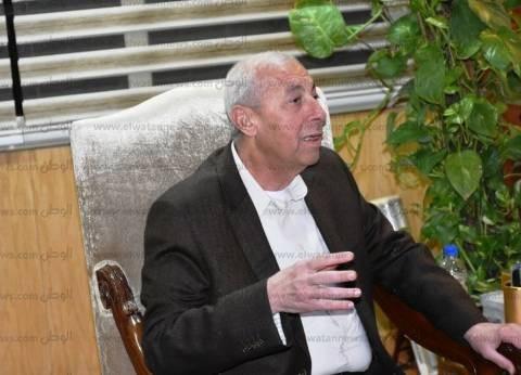 محافظ أسوان يشيد بجهود الجيش والشرطة في تأمين المقار الانتخابية