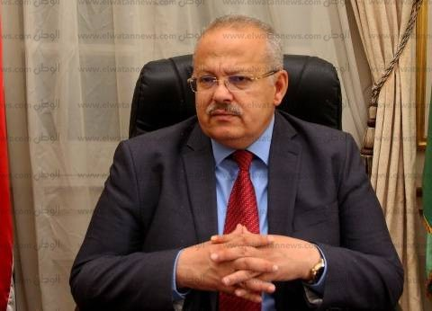 نائب رئيس جامعة القاهرة يحذر من تأخر الطلاب: الامتحانات تسير بانتظام