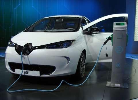 تحالف «رينو - نيسان» يقدّم السيارات الكهربائية فى مؤتمر باريس للمناخ