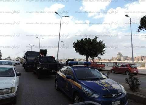 بالصور| دوريات شرطية وعسكرية مكثفة تجوب شوارع دمياط تحسبا لأعمال عنف