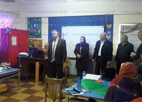 """رئيس المعاهد القومية يلتقي جماعة الصحافة بـ""""قومية الأهرام"""""""