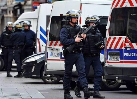 الشرطة الفرنسية: حادث إطلاق النار في الشانزليزيه عمل إرهابي