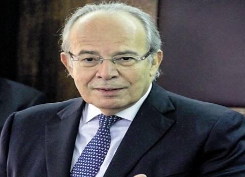 وزير التنمية المحلية يصل مقر هيئة قناة السويس