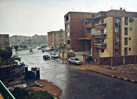 أمطار شديدة وعواصف رعدية.. الطقس السيئ يضرب دمياط