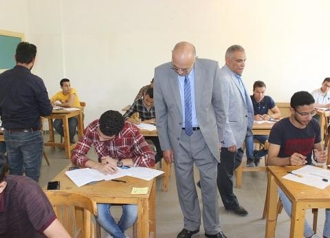نائبا رئيس جامعة طنطا يتابعان سير عملية امتحانات الفصل الدراسي الثاني