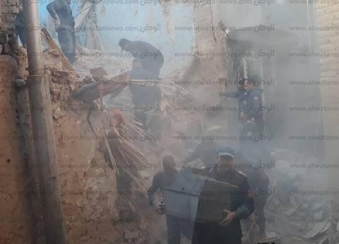 إصابة عامل وإنقاذ 7 في انهيار منزل من 3 طوابق بسوهاج