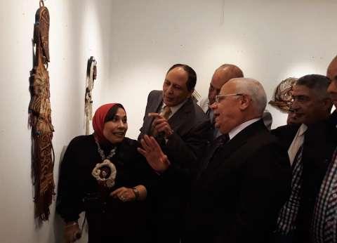 محافظ بورسعيد يفتتح معرض الفن التشكيلي للدكتورة جيهان المالكي