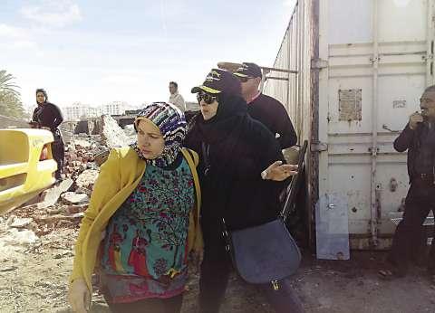 رئيسة «حى العرب» تقتحم أخطر أوكار بورسعيد