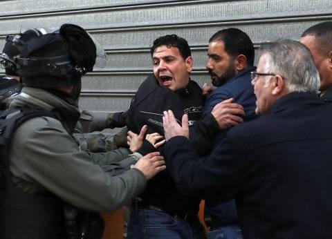 جيش الاحتلال يعتقل 7 فلسطينيين في الضفة الغربية