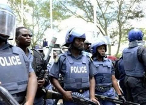 جنوب إفريقيا: إحباط تهريب سيارة مرسيدس بواسطة 4 حمير إلى زيمبابوي