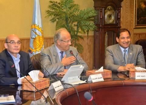 """وزير الزراعة: عودة القرى المصرية المنتجة """"ضروري"""""""