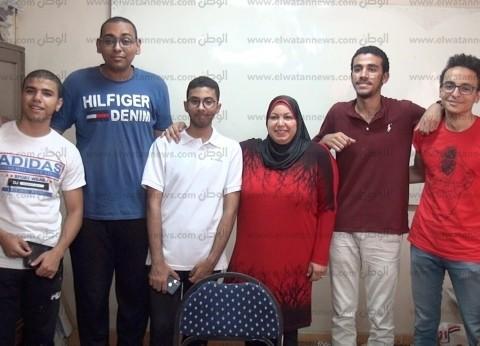 بالفيديو.. المدرس الحنين رزق.. ميس أسماء تحتفل بطلابها المتفوقين