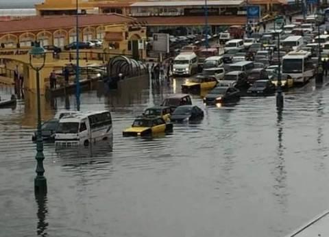 المنطقة الشمالية العسكرية تشارك في شفط مياه الأمطار بالإسكندرية