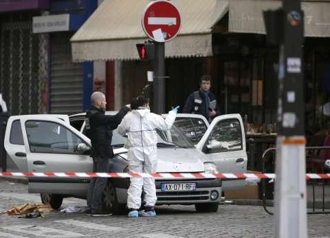 """أحد الناجين من """"هجمات باريس"""": اعتقدت أنها مزحة سيئة في البداية"""