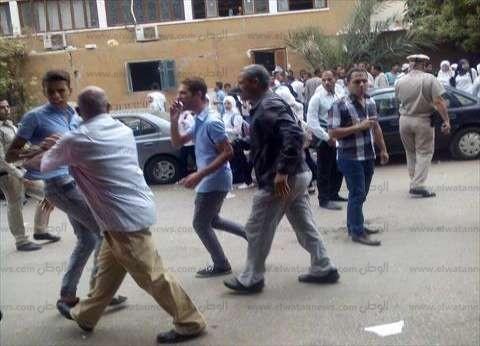 مرشح قبطي يتهم أنصار أحد خصومه باحتجازه في قرية بالمنيا