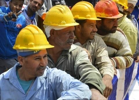 عمال مصر.. وردية وطنية.. الآلاف يهتفون: «انزل شارك.. تحيا مصر»