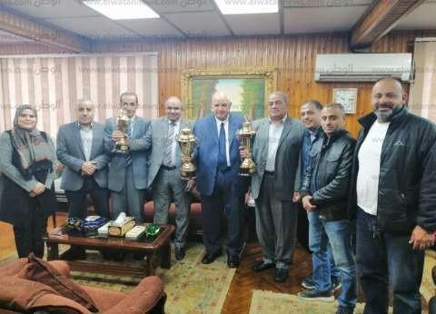 """تكريم الفائزين بالمراكز الأولى في دوري الشركات بـ""""كهرباء الغربية"""""""