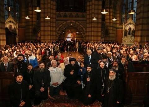 بدء توافد الأقباط على كاتدرائية الكاثوليك لحضور قداس عيد الميلاد