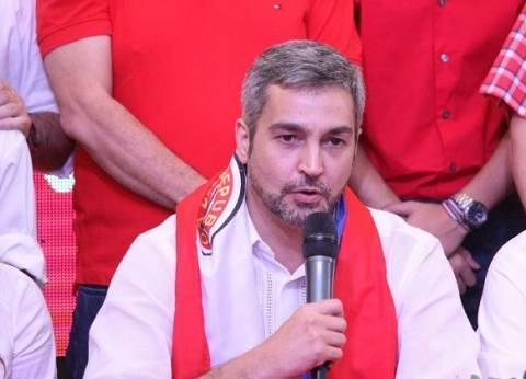 """""""ينحدر من أصول لبنانية"""".. 7 معلومات عن رئيس باراجواي الجديد"""