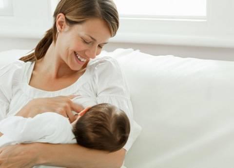 دراسة: الرضاعة الطبيعية تقي الأطفال من أمراض الكبد