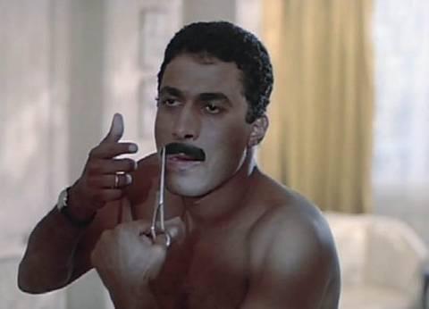 ماذا قال حسني مبارك للفنان أحمد زكي قبل وفاته؟