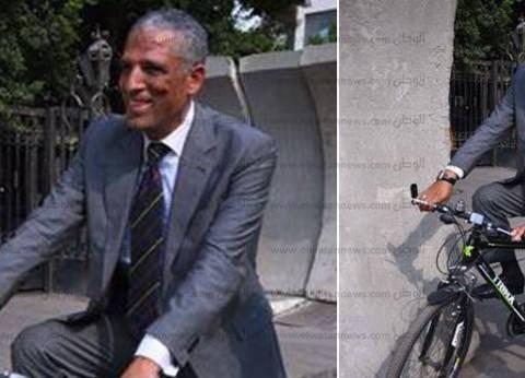 """""""نائب العجلة"""": وزير التربية والتعليم محتاج وزير"""