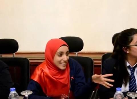 """طالبات الثانوية بعد الاجتماع مع """"شوقي"""": """"اللي جاي أحسن كتير من دلوقتي"""""""