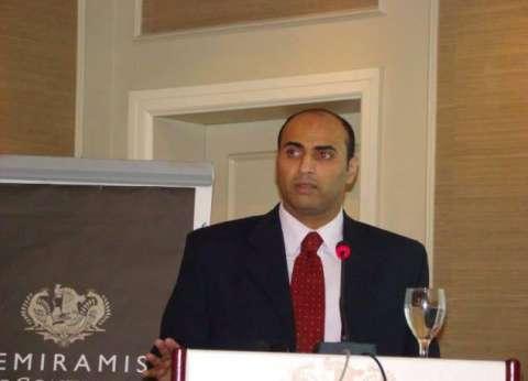 مدير المتابعة فى وزارة الهجرة: سفر الشباب بطريقة غير شرعية يهدد الأمن القومى