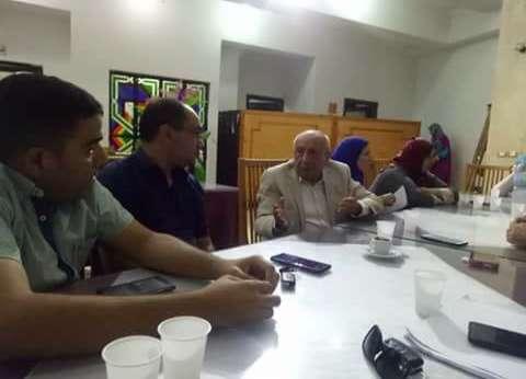 مهندسو دمياط يجتمعون بالنقيب العام السابق لبحث أزمة المعاهد الخاصة