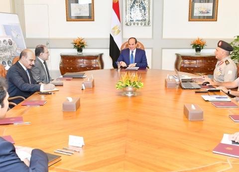 السيسي يجتمع مع رئيس الهيئة الهندسية لبحث تطورات العاصمة الإدارية