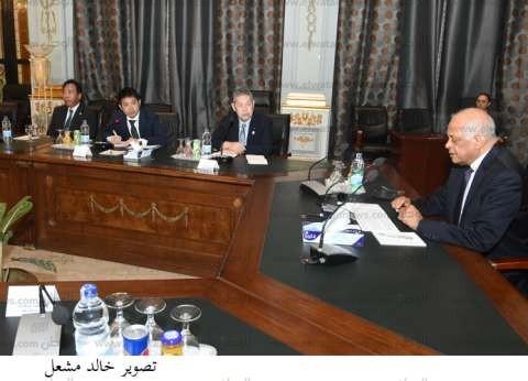 """برلمانية تسأل """"شكري"""" و""""فتحي"""" عن سبب إنقطاع الكهرباء بمطار القاهرة"""