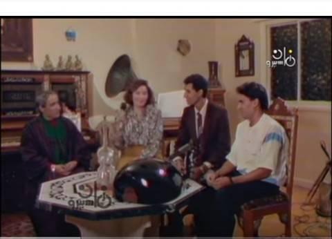 """بليغ حمدي في لقاء نادر يستمع لشباب موهوبين: """"كويسين وفيهم أمل"""""""