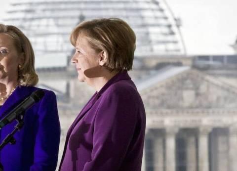 """أعداد النساء في السلطة تزداد.. وأشهرهن """"كلينتون"""" و""""ماي"""""""