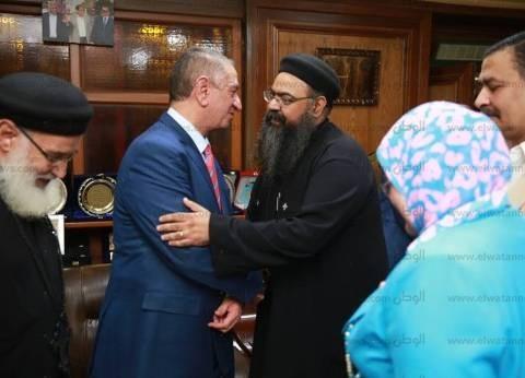 بالصور| محافظ كفر الشيخ يستقبل رجال الأزهر والكنيسة للتهنئة بعيد الفطر