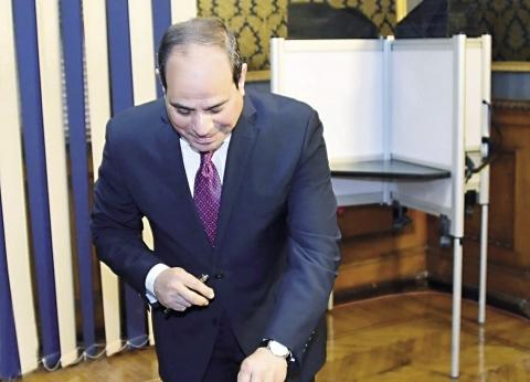 صوت «السيسى» فى لجنة شهيد.. ورئيس الحكومة: نسعى لخروج الاستفتاء بصورة مشرفة