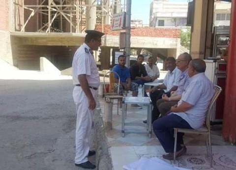 """محافظ البحر الأحمر يتفقد أعمال الإنشاءات بجامع """"الدهار"""" في الغردقة"""