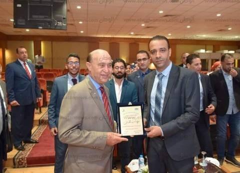 """الفريق مهاب مميش يستقبل وفدا شبابيا من مؤسسة """"بكرة لينا"""""""