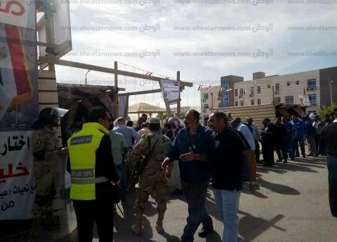 إقبال المواطنين بمدينة أبو رديس على المشاركة في الانتخابات