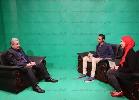 رئيس جامعة بني سويف يعطى إشارة البث لرديو وتليفزيون كلية الإعلام