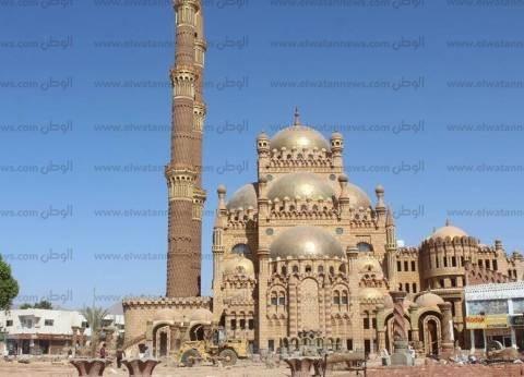اليوم.. جمعة وعلام وفودة يفتتحون مسجد الصحابة بالسوق القديم في شرم الشيخ