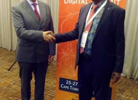 وزير النقل: أهمية كبيرة لربط السكك الحديدية بالقارة الأفريقية