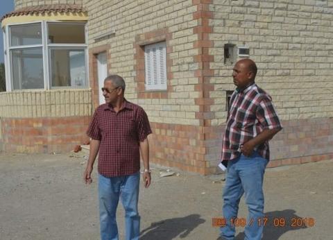رئيس القصير يتفقد إنشاء نقطتين لحرس الحدود بالكيلو 9 جنوب المدينة