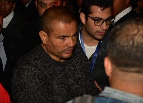 """عمرو دياب يطالب """"الأعلى للإعلام"""" بإغلاق 4 قنوات منها """"الهضبة"""""""