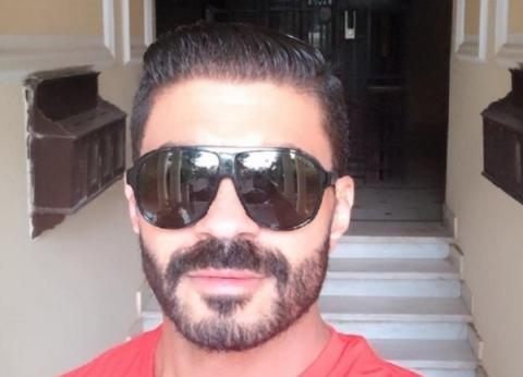 """خالد سليم ينشر صورة جديدة من كواليس مسلسل """"بلا دليل"""""""