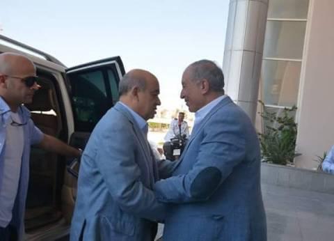 وزير السياحة في البحر الأحمر لبحث تنمية القطاع