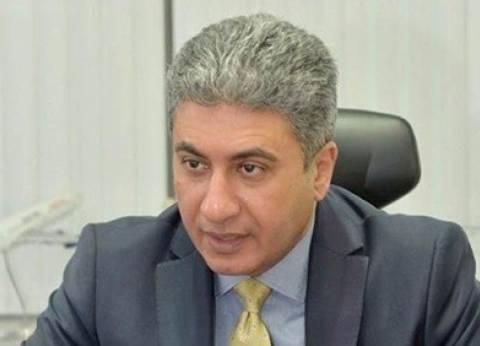 مدبولي يكرم وزير الطيران المدني السابق بحضور يونس المصري