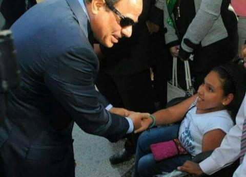 """كرمها السيسي مع ذوي الإعاقة .. الطالبة """"زينة"""" ترافق أمها أثناء التصويت"""